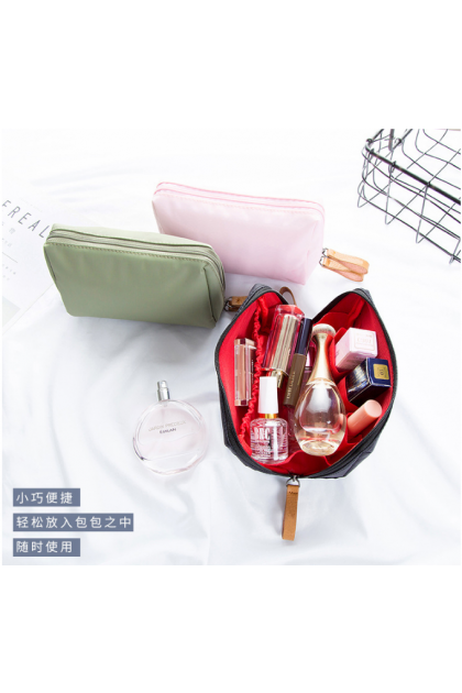 Lipstick Cosmetics Carry Pouch Small Bag 随身化妆包口红包小巧收纳