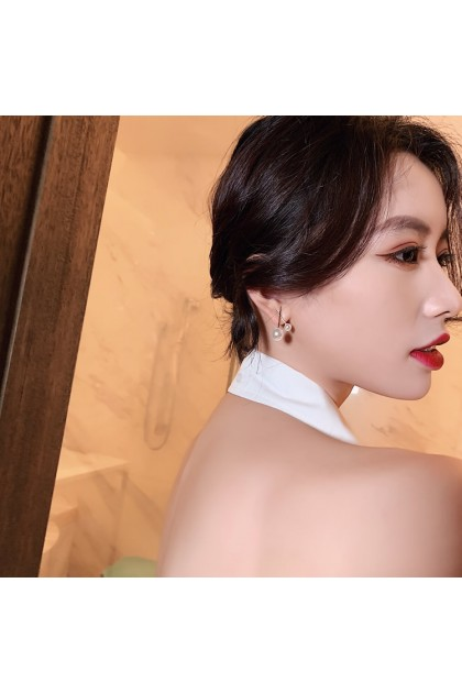 002 Korea Hot Recommend Gorgeous Simple Earrings  韩国爆款百搭简约气质款耳钉耳饰